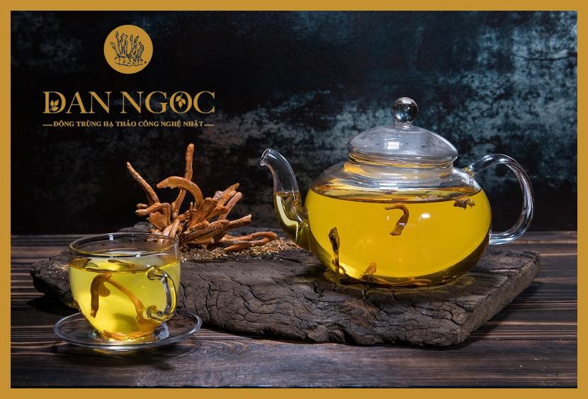 Sử dụng Đông trùng hạ thảo để pha trà dùng hàng ngày giúp cơ thể luôn khỏe mạnh.